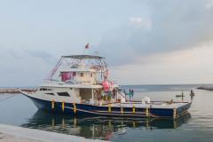 Uligamu - Tunar boat